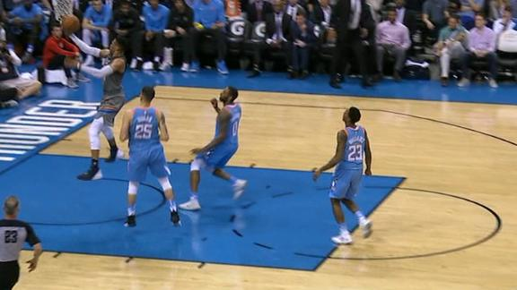 Brewer finds Russ on the fast break