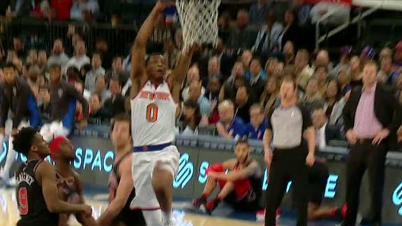 http://a.espncdn.com/media/motion/2018/0319/dm_180319_NBA_Knicks_Williams_Dunk_and_Block/dm_180319_NBA_Knicks_Williams_Dunk_and_Block.jpg