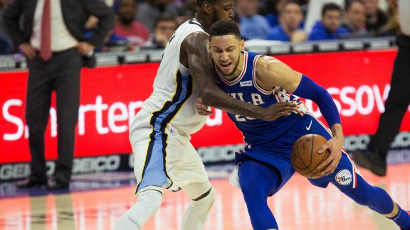 Simmons rolls, leads Sixers to victory