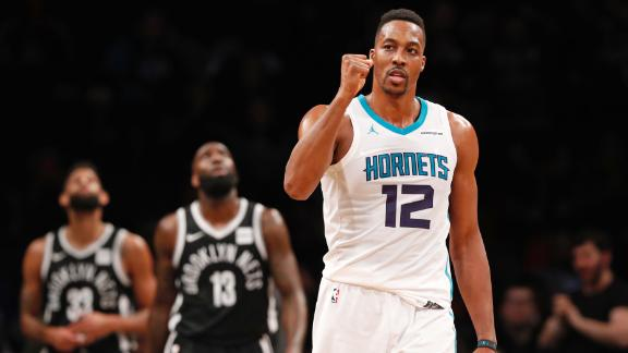 Howard delivers historic performance in Hornets' win