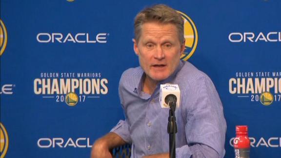 Kerr on Curry's injury: 'It seems pretty random'