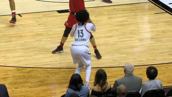 a949d7ed711 UConn recruit Christyn Williams dominates at McDonald s All American Game