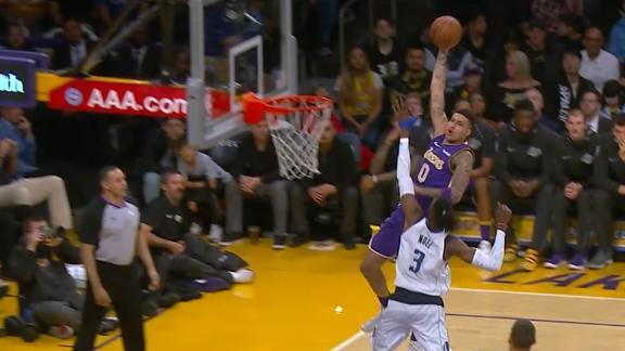 http://a.espncdn.com/media/motion/2018/0329/dm_180329_NBA_LAKERS_KUZMA_HITS_HOOK_SHOT_0328/dm_180329_NBA_LAKERS_KUZMA_HITS_HOOK_SHOT_0328.jpg