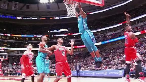 http://a.espncdn.com/media/motion/2018/0403/dm_180403_NBA_MONK_DUNK/dm_180403_NBA_MONK_DUNK.jpg