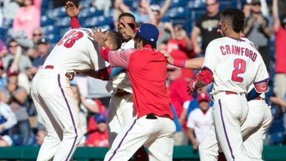 http://a.espncdn.com/media/motion/2018/0422/dm_180422_MLB_Phillies_walk_off/dm_180422_MLB_Phillies_walk_off.jpg