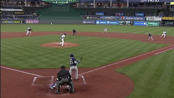 Shaw's double gets Brewers on the board