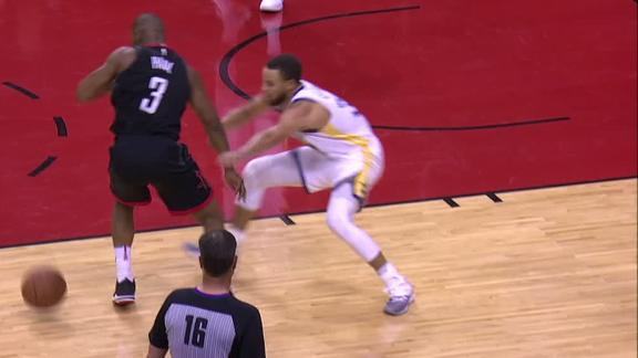CP3 sends Curry to floor with dribble