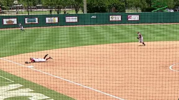 FSU's Warren makes diving stop on final out