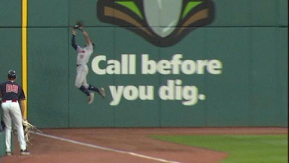 http://a.espncdn.com/media/motion/2018/0524/dm_180524_MLB_One-Play_Astros_Kemp_catch/dm_180524_MLB_One-Play_Astros_Kemp_catch.jpg