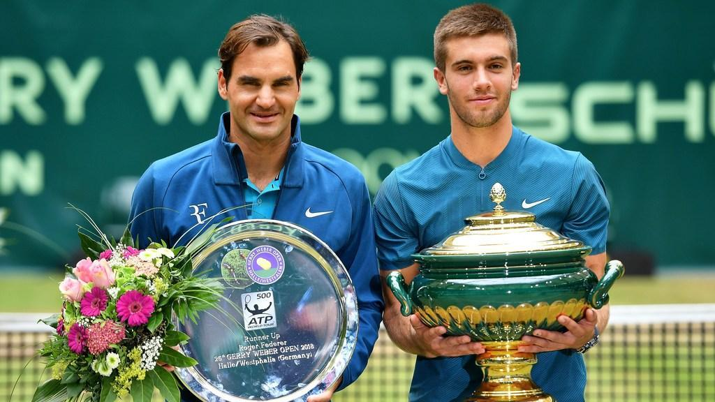 Federer falls to Coric in Gerry Weber final