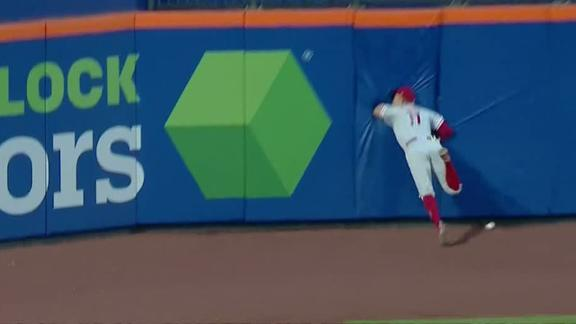 Hoskins goes face first into wall, stays in game