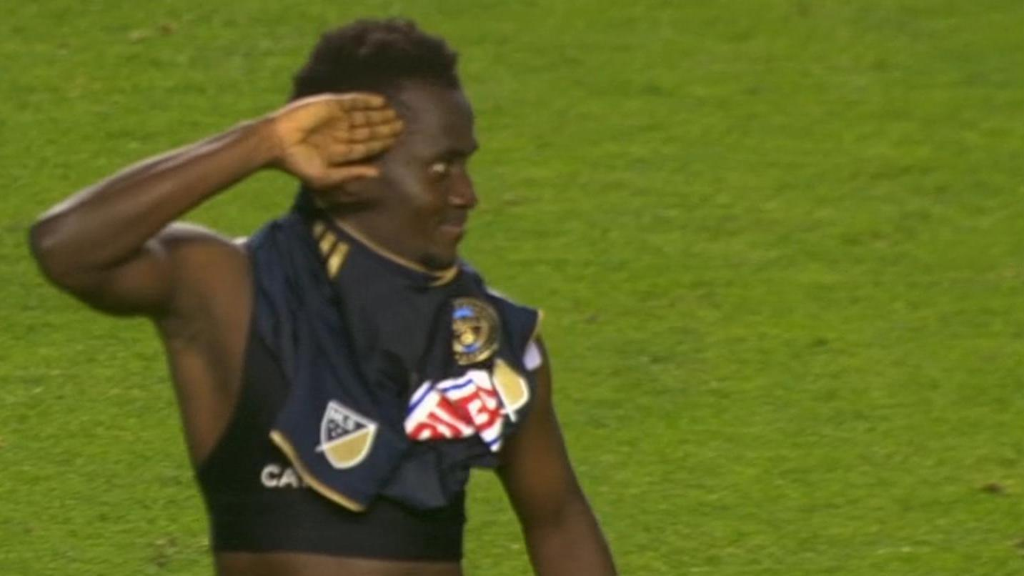 Chicago 3-4 Philadelphia: Accam punishes former club