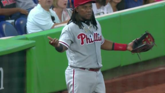 http://a.espncdn.com/media/motion/2018/0714/dm_180714_MLB_One-Play_Francos_two_base_gaffe/dm_180714_MLB_One-Play_Francos_two_base_gaffe.jpg