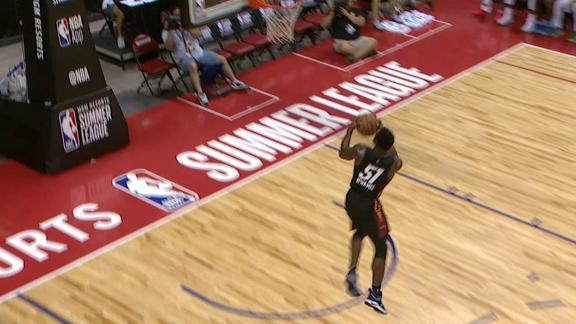 Heat's Nwamu brings out the windmill dunk