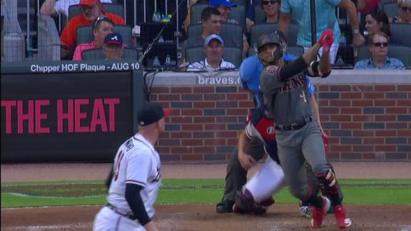Marte widens D-backs' lead with HR