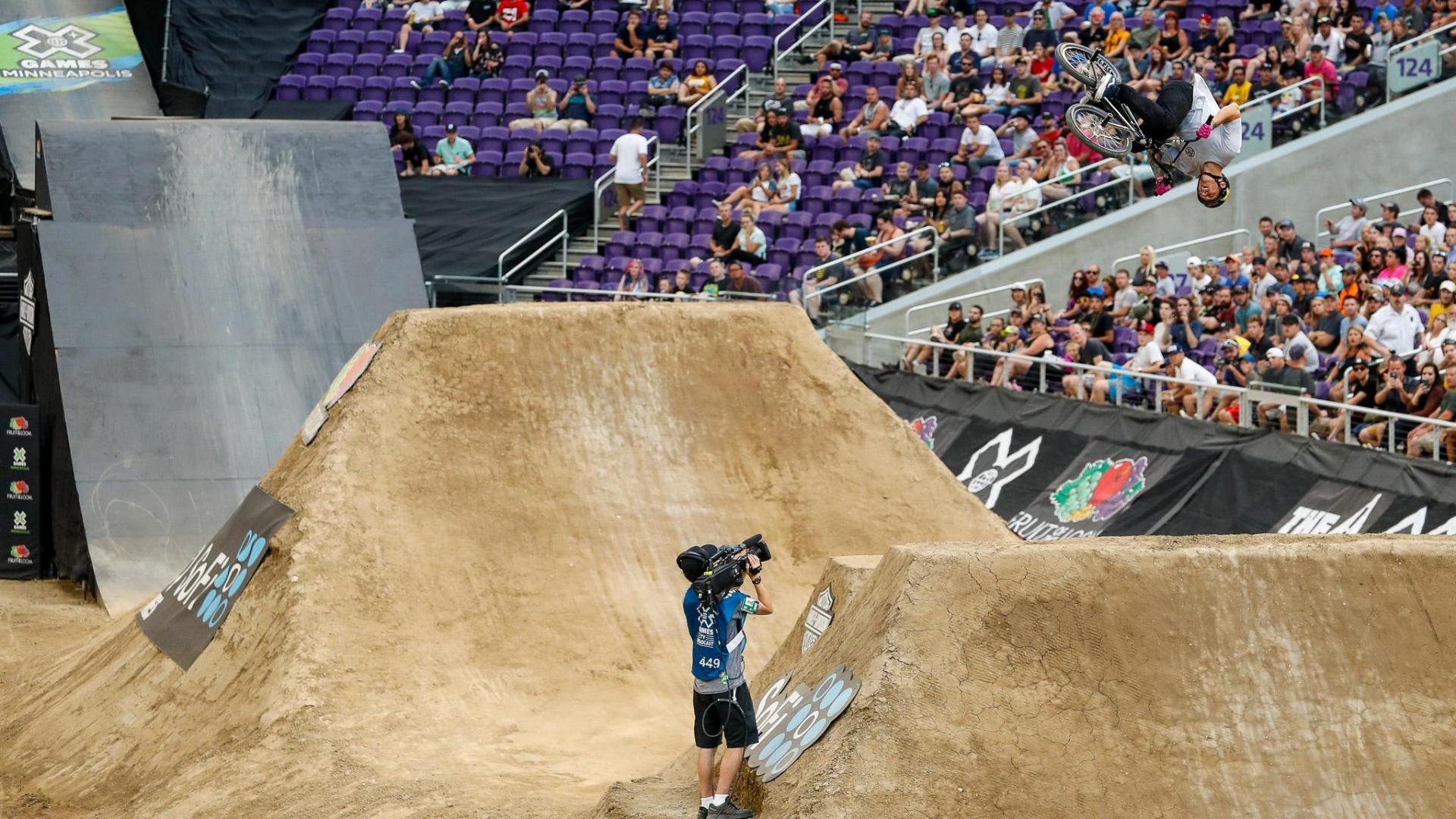 Brandon Loupos wins X Games BMX Dirt gold