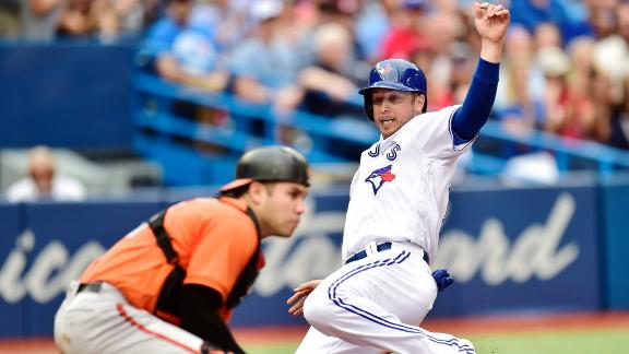 Blue Jays score 3 in fourth to go up for good