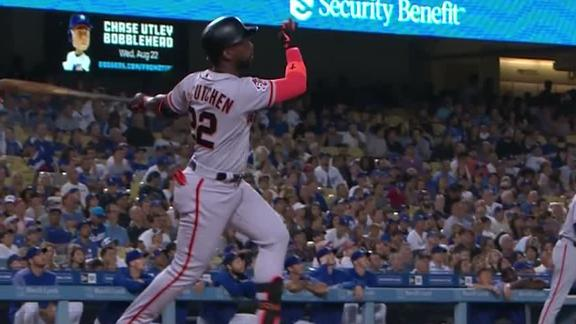 McCutchen knots things up late with homer