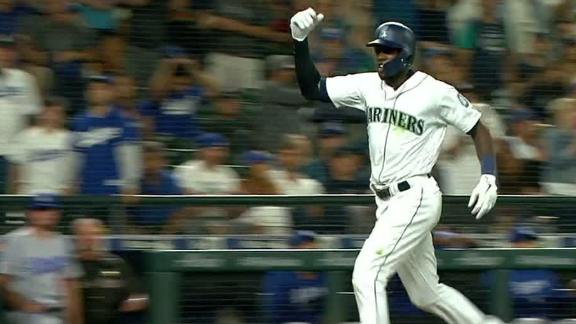 Mariners win on a 'balk-off'