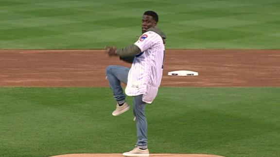 Kevin Hart bounces first pitch at Wrigley