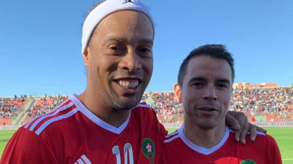 Show time  Ronaldinho y su magia en Marruecos - ESPN Video 2d0ba37b859c7