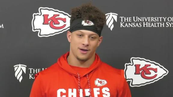 Mahomes really likes ketchup