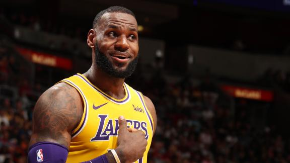 LeBron's 51 points lift Lakers to victory