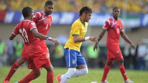 Neymar a different player with Brazil