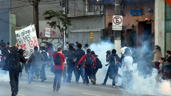 Police gas Brazilian transport strikers