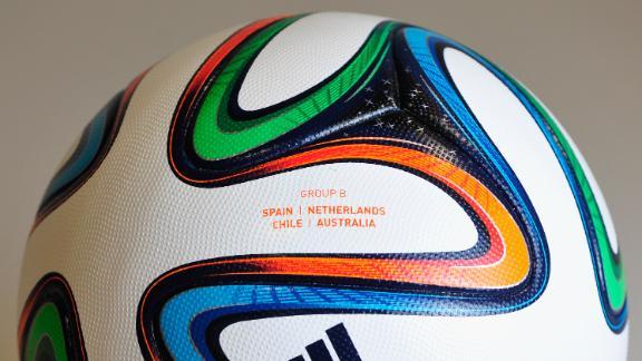 Will 'total football' see Dutch through?