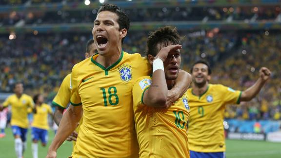 Brazil please crowd in World Cup opener