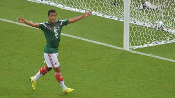 Mexico overcome bad officiating