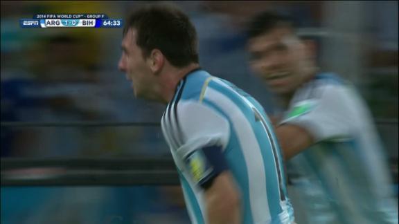 Lionel Messi (Argentina) Goal at 65'
