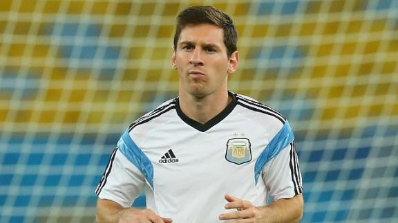 Lalas: Messi will never compete with Maradona