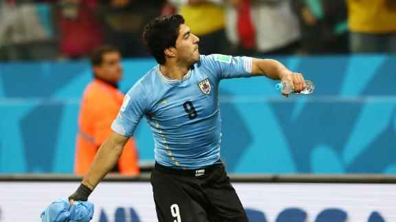 Sublime Suarez sinks England