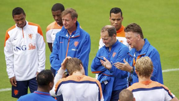 Van Gaal: Chile are very well organized