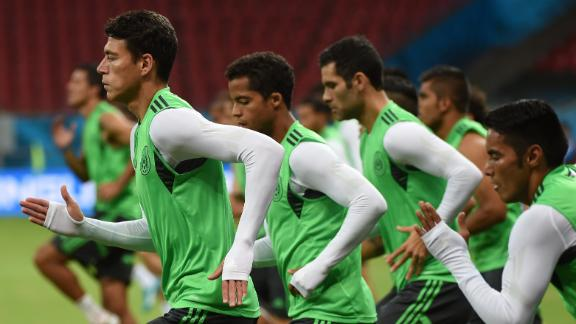 Mexico, Croatia look to advance