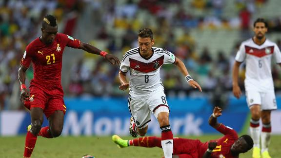 Klose salvages vital point for Germans