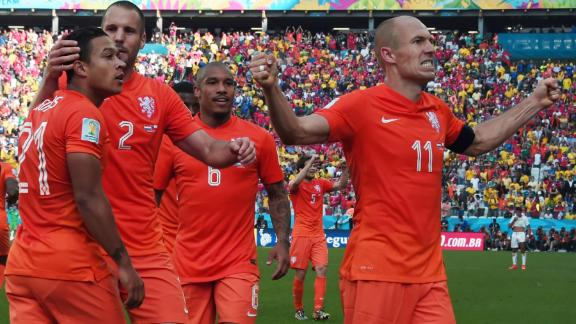HIGHLIGHTS: Netherlands 2-0 Chile