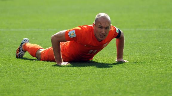 Robben applauds Chilean effort