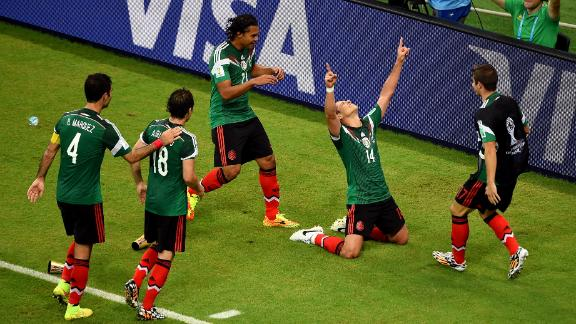 Ultimate Highlight: El Tri deliver knockout punch