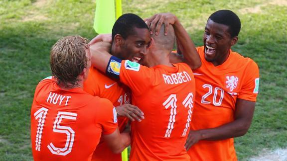 HIGHLIGHTS: Netherlands 2-0 Chile