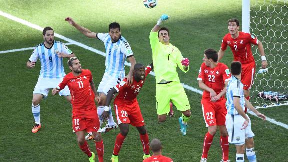Unimpressive defence for Argentina