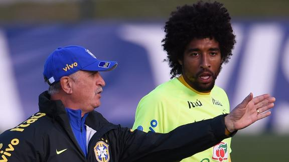 Tactical adjustments for Low and Scolari
