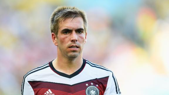 Where to play Philipp Lahm?