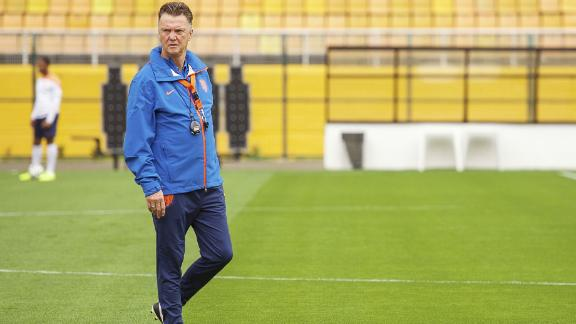 Sabella: Van Gaal is well trained