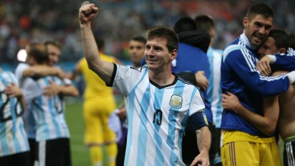 Argentina advance on dramatic penalties