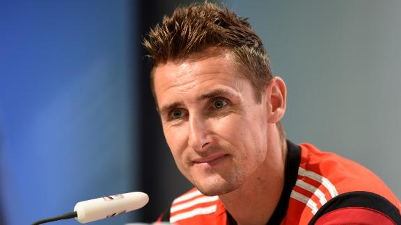 Klose not thinking about records