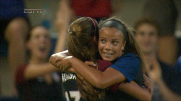 Mallory Pugh goes near-post to put USA up 2-0