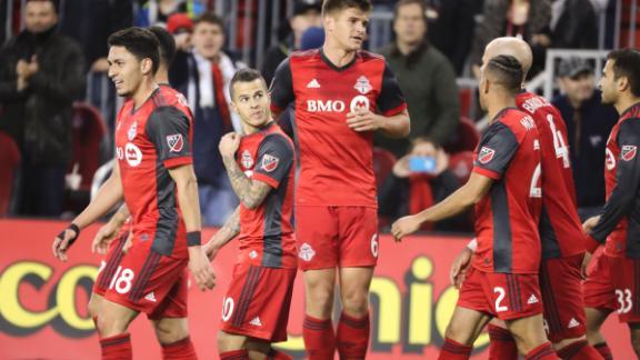 Toronto 3-1 Chicago: Giovinco dazzles